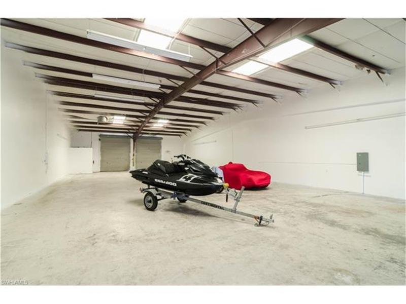 Real Estate Photography - 3573 Enterprise AVE, 69, 70, Naples, FL, 34104 - Location 4