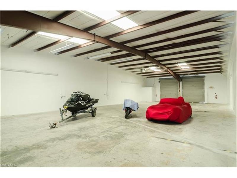 Real Estate Photography - 3573 Enterprise AVE, 69, 70, Naples, FL, 34104 - Location 5