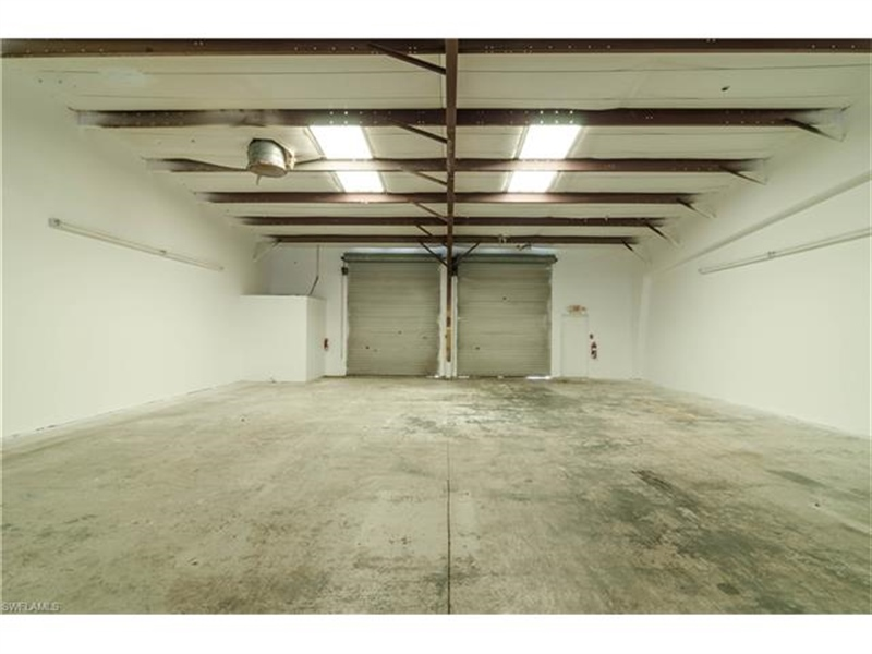 Real Estate Photography - 3573 Enterprise AVE, 69, 70, Naples, FL, 34104 - Location 6