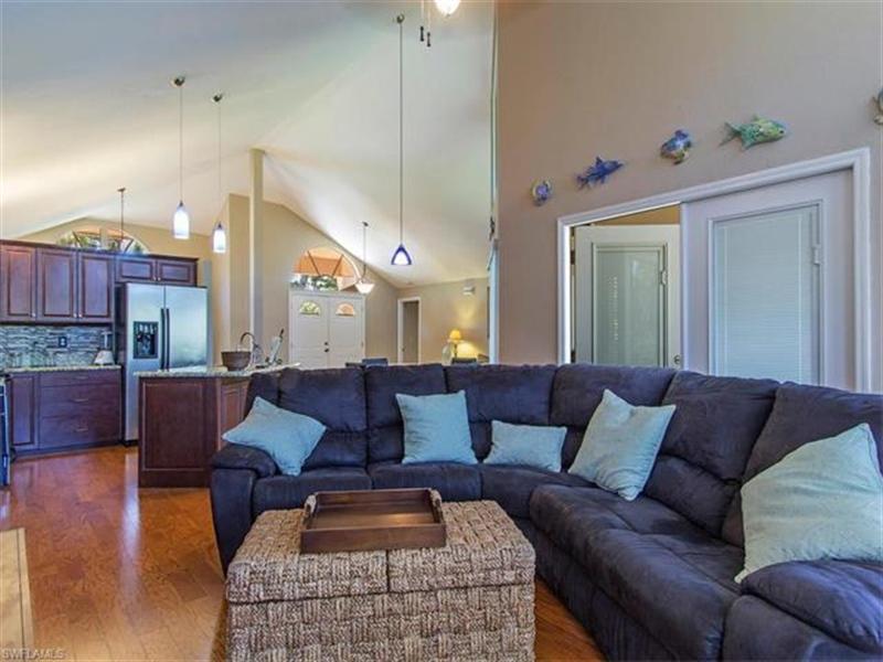 Real Estate Photography - 109 Plantation Cir, Naples, FL, 34104 - Location 5