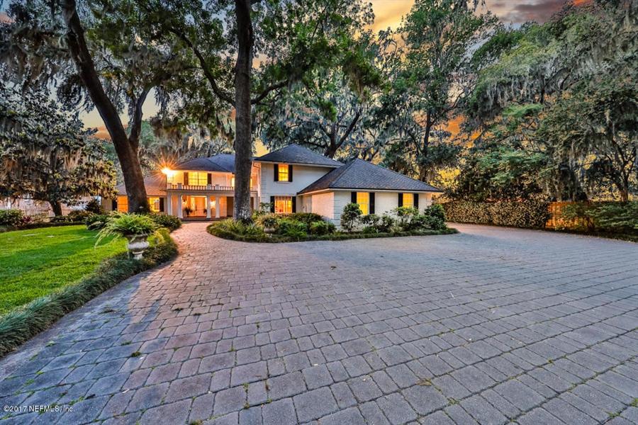 Real Estate Photography - 13766 Mandarin Rd, Jacksonville, FL, 32223 - Location 2