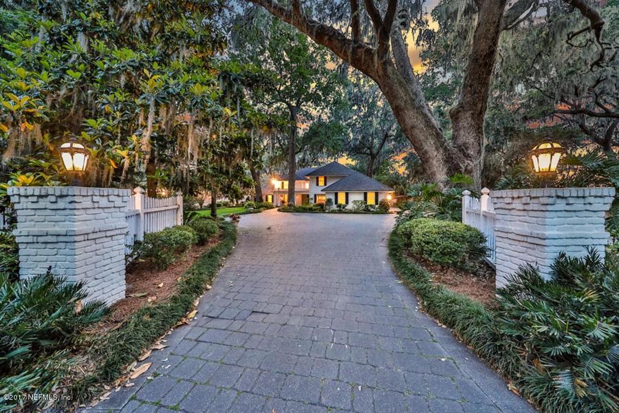 Real Estate Photography - 13766 Mandarin Rd, Jacksonville, FL, 32223 - Location 4