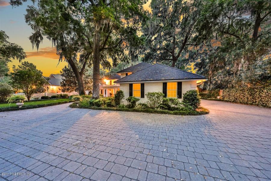 Real Estate Photography - 13766 Mandarin Rd, Jacksonville, FL, 32223 - Location 5