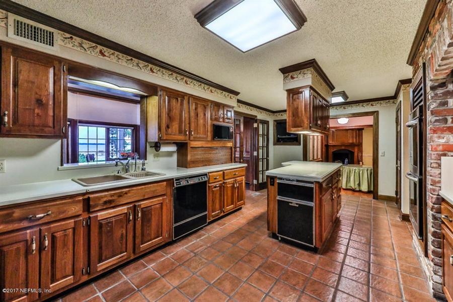 Real Estate Photography - 13766 Mandarin Rd, Jacksonville, FL, 32223 - Location 20
