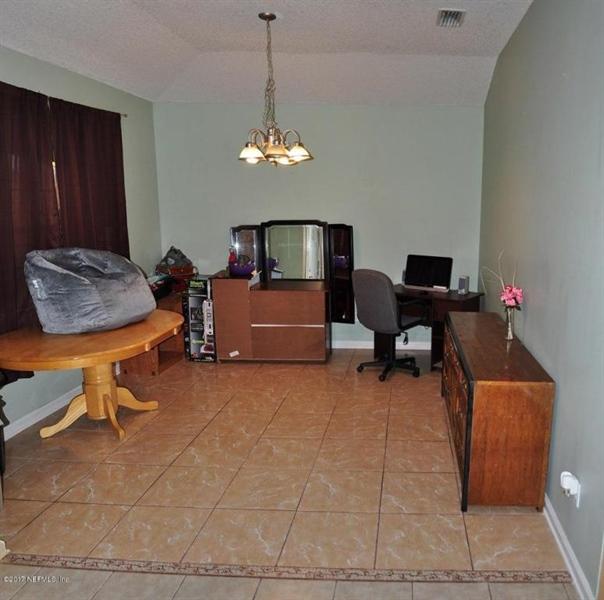 Real Estate Photography - 14121 Devan Lee Dr W, Jacksonville, FL, 32226 - Location 5