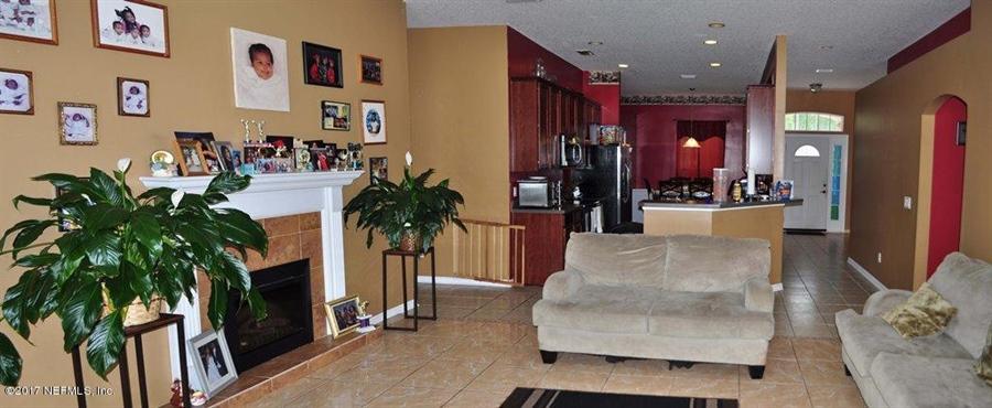 Real Estate Photography - 14121 Devan Lee Dr W, Jacksonville, FL, 32226 - Location 8