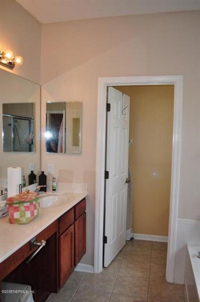 Real Estate Photography - 14121 Devan Lee Dr W, Jacksonville, FL, 32226 - Location 10