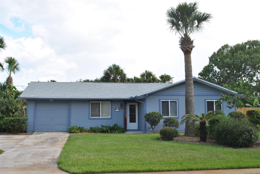 Real Estate Photography - 700 8TH AVE, JACKSONVILLE BEACH, FL, 32250 - Location 1