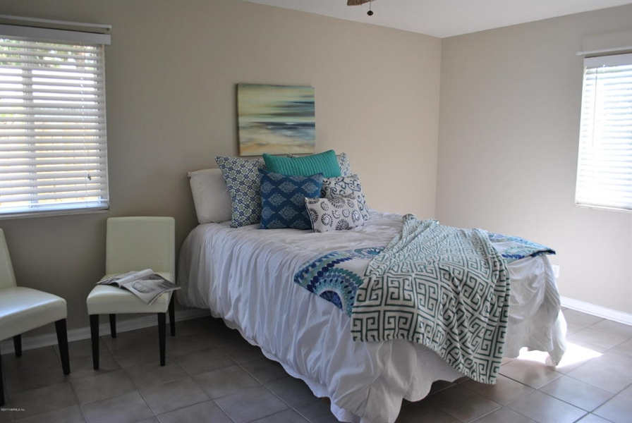 Real Estate Photography - 700 8TH AVE, JACKSONVILLE BEACH, FL, 32250 - Location 9