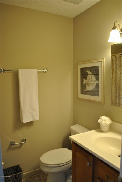 Real Estate Photography - 700 8TH AVE, JACKSONVILLE BEACH, FL, 32250 - Location 13