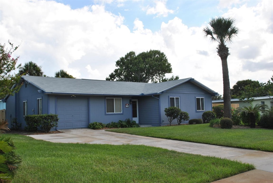 Real Estate Photography - 700 8TH AVE, JACKSONVILLE BEACH, FL, 32250 - Location 17