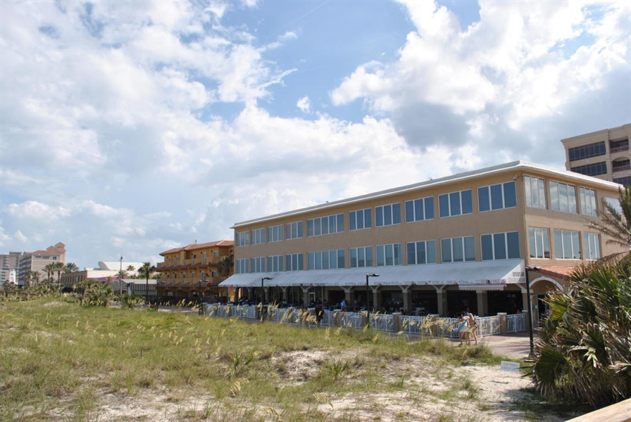 Real Estate Photography - 700 8TH AVE, JACKSONVILLE BEACH, FL, 32250 - Location 20