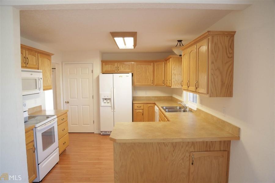 Real Estate Photography - 855 Orange St, Homeland, GA, 31537 - Location 9