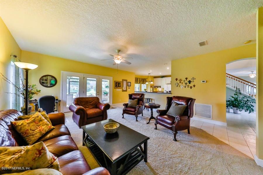 Real Estate Photography - 7627 Chipwood Ln, Jacksonville, FL, 32256 - Location 9