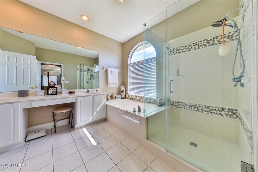 Real Estate Photography - 7627 Chipwood Ln, Jacksonville, FL, 32256 - Location 15