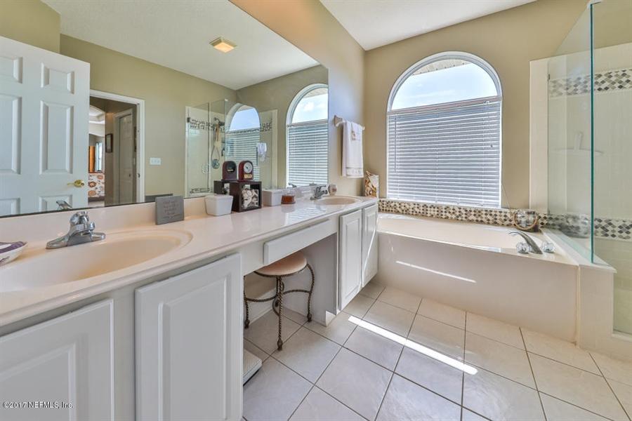 Real Estate Photography - 7627 Chipwood Ln, Jacksonville, FL, 32256 - Location 16
