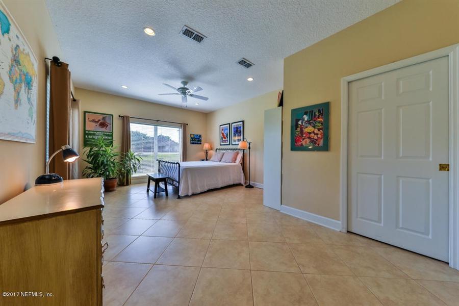 Real Estate Photography - 7627 Chipwood Ln, Jacksonville, FL, 32256 - Location 17