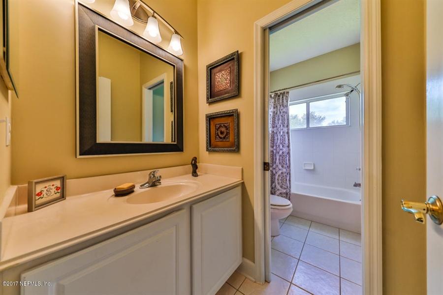 Real Estate Photography - 7627 Chipwood Ln, Jacksonville, FL, 32256 - Location 22