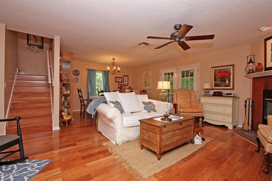 Real Estate Photography - 3160 Paddle Boat Ln, Jacksonville, FL, 32223 - Location 9