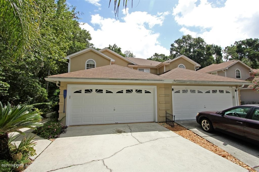 Real Estate Photography - 3160 Paddle Boat Ln, Jacksonville, FL, 32223 -