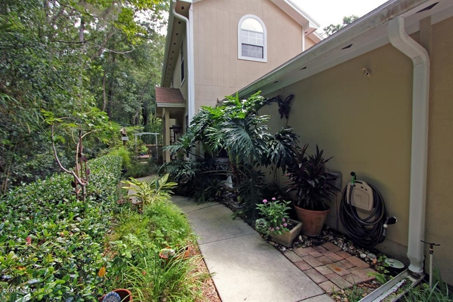 Real Estate Photography - 3160 Paddle Boat Ln, Jacksonville, FL, 32223 - Location 30