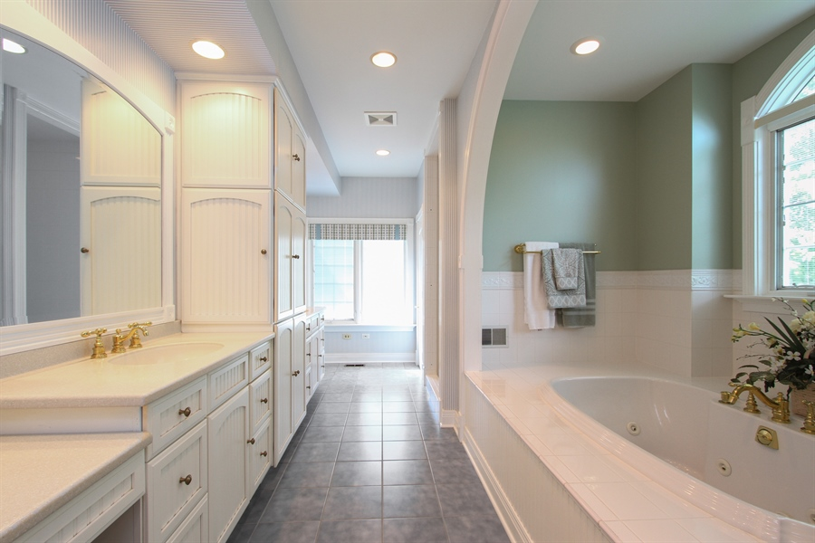 Real Estate Photography - 200 S Green St, McHenry, IL, 60050 - Master Bathroom