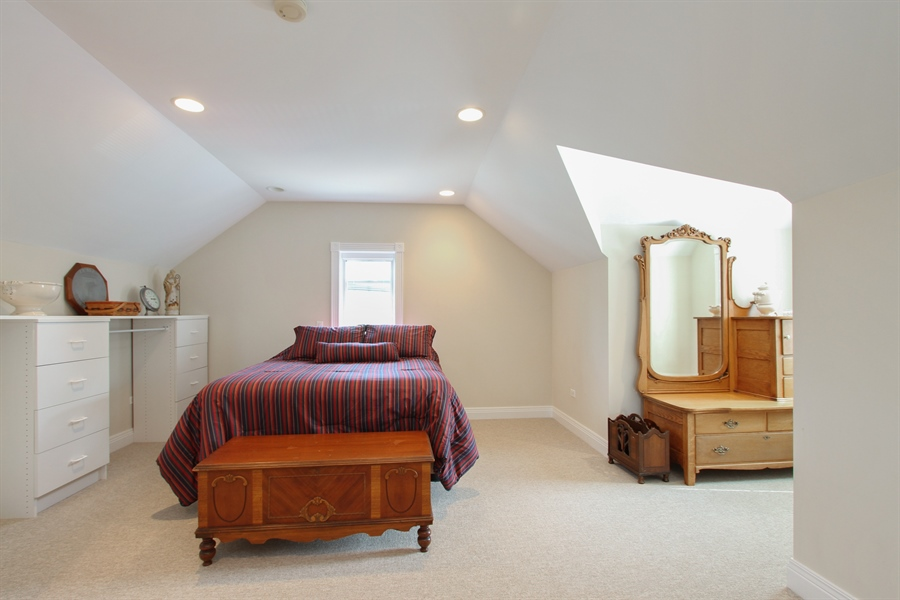 Real Estate Photography - 200 S Green St, McHenry, IL, 60050 - Guest Suite 2