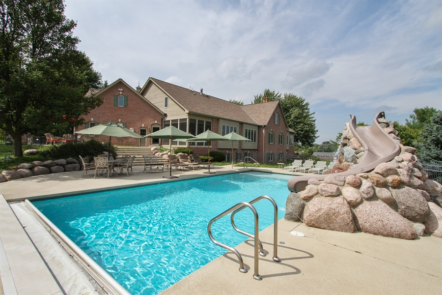 Real Estate Photography - 200 S Green St, McHenry, IL, 60050 - Pool