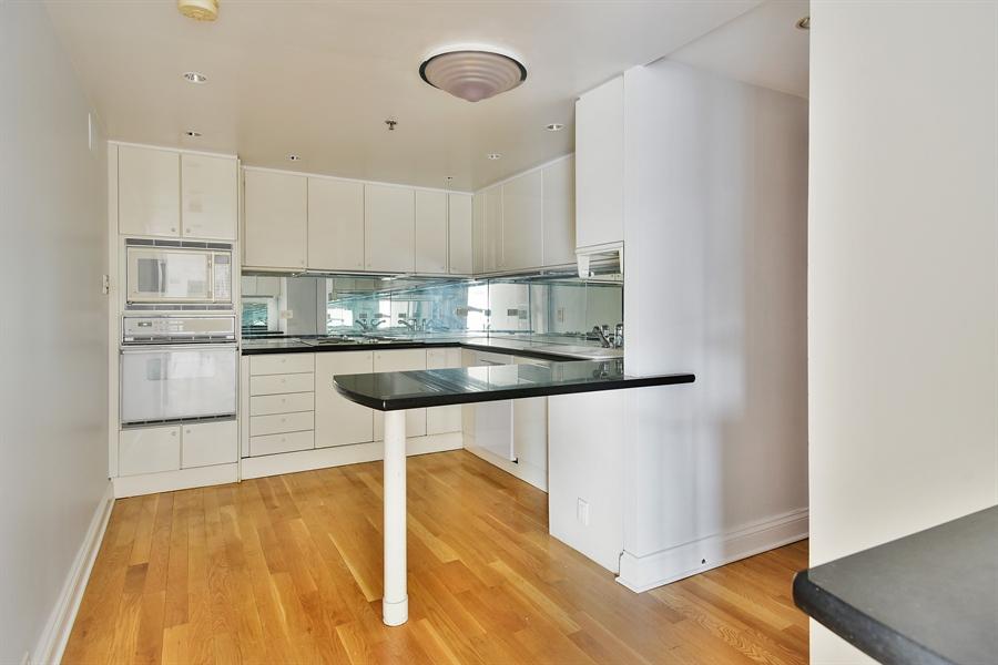 Real Estate Photography - 100 E Huron, 3701, Chicago, IL, 60601 - Kitchen