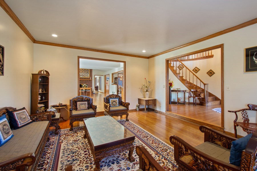 Real Estate Photography - 349 W Whispering Pines Ct, Inverness, IL, 60010 - Living Room