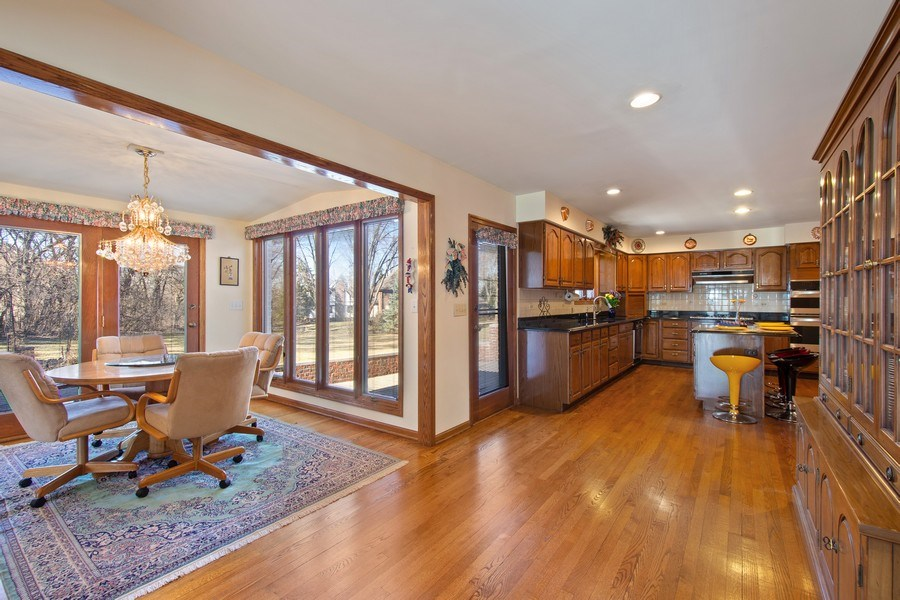 Real Estate Photography - 349 W Whispering Pines Ct, Inverness, IL, 60010 - Kitchen / Breakfast Room