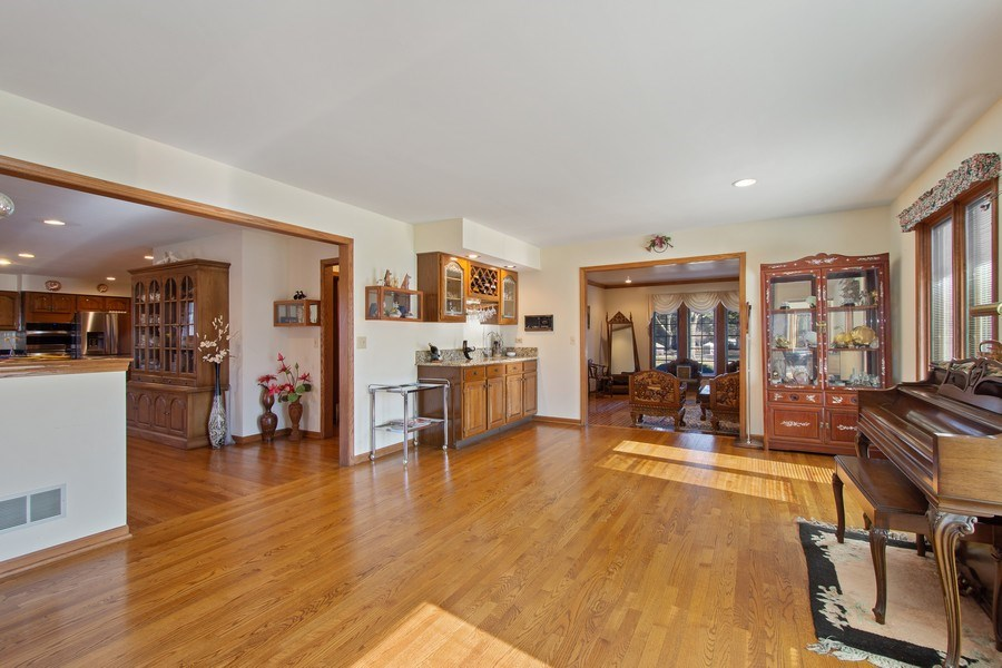 Real Estate Photography - 349 W Whispering Pines Ct, Inverness, IL, 60010 - Family Room