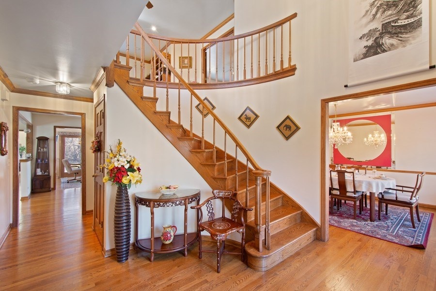 Real Estate Photography - 349 W Whispering Pines Ct, Inverness, IL, 60010 - Foyer