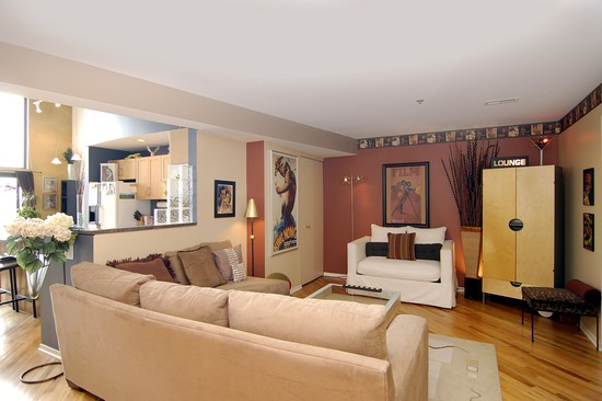 Real Estate Photography - 616 W Fulton, Unit 712, Chicago, IL, 60661 - Family Room