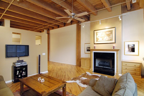 Real Estate Photography - 616 W Fulton, Unit 203, Chicago, IL, 60610 - Living Room