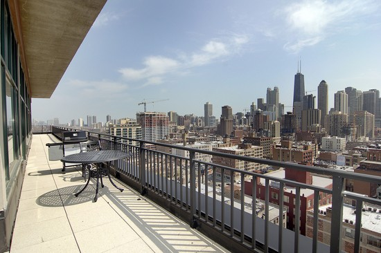 Real Estate Photography - 400 W Ontario St, Penthouse, Chicago, IL, 60610 - Balcony