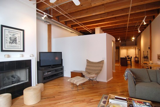 Real Estate Photography - 616 W Fulton St, Unit 405, Chicago, IL, 60661 - Living Room