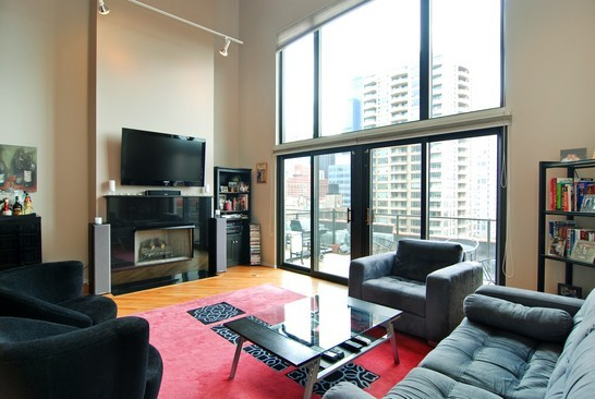 Real Estate Photography - 616 W Fulton, Unit 715, Chicago, IL, 60661 - Living Room