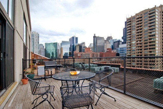 Real Estate Photography - 616 W Fulton, Unit 715, Chicago, IL, 60661 - Deck