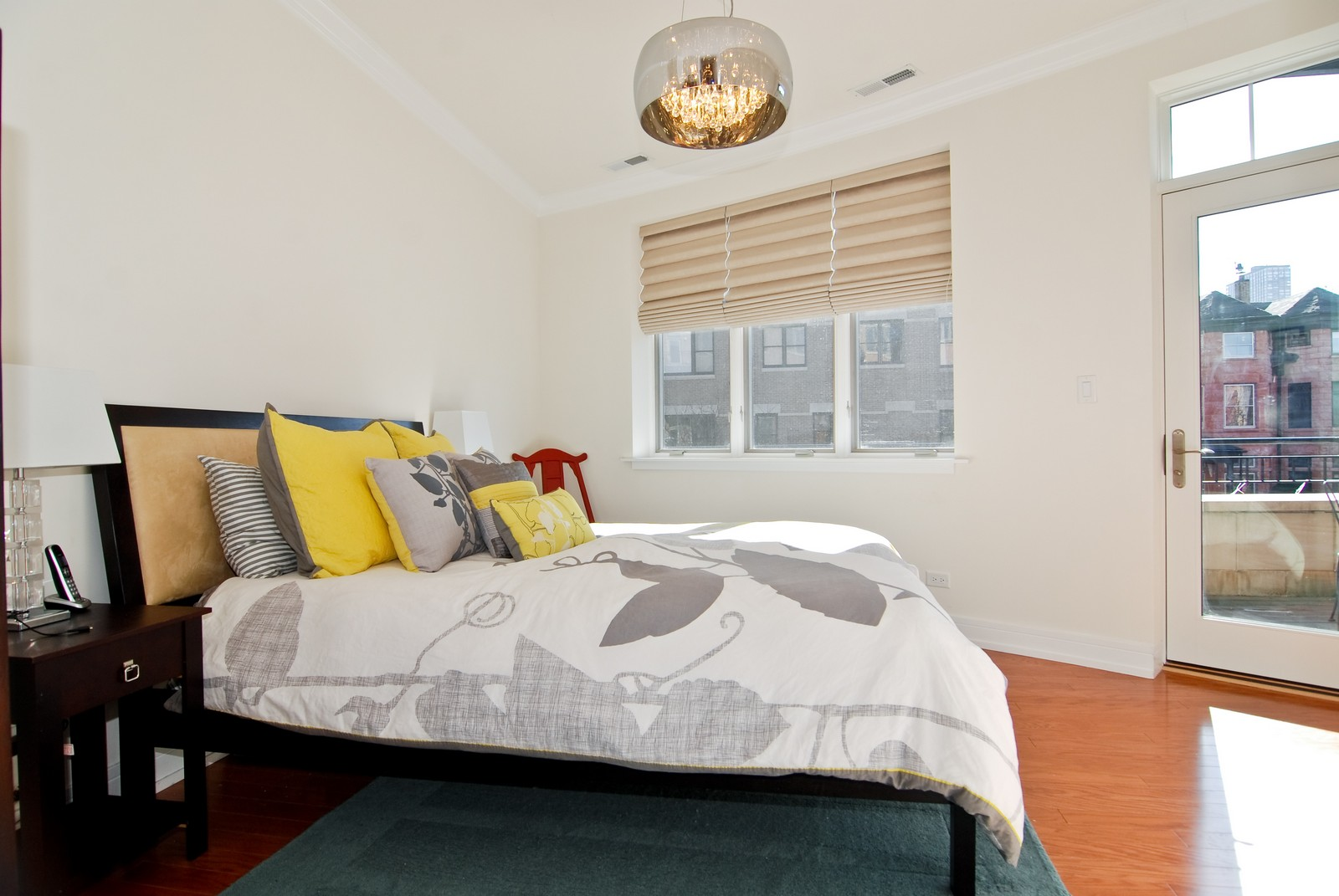 Real Estate Photography - 4150 N Kenmore Ave, Chicago, IL, 60613 - Master Bedroom