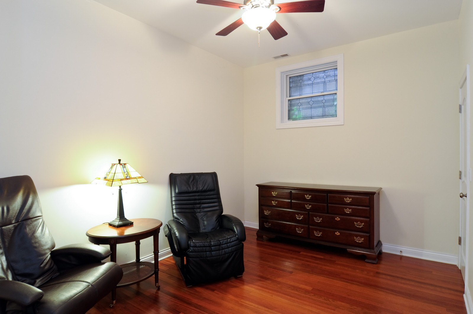 Real Estate Photography - 1514 W Victoria, Unit 1, Chicago, IL, 60660 - Third Bedroom