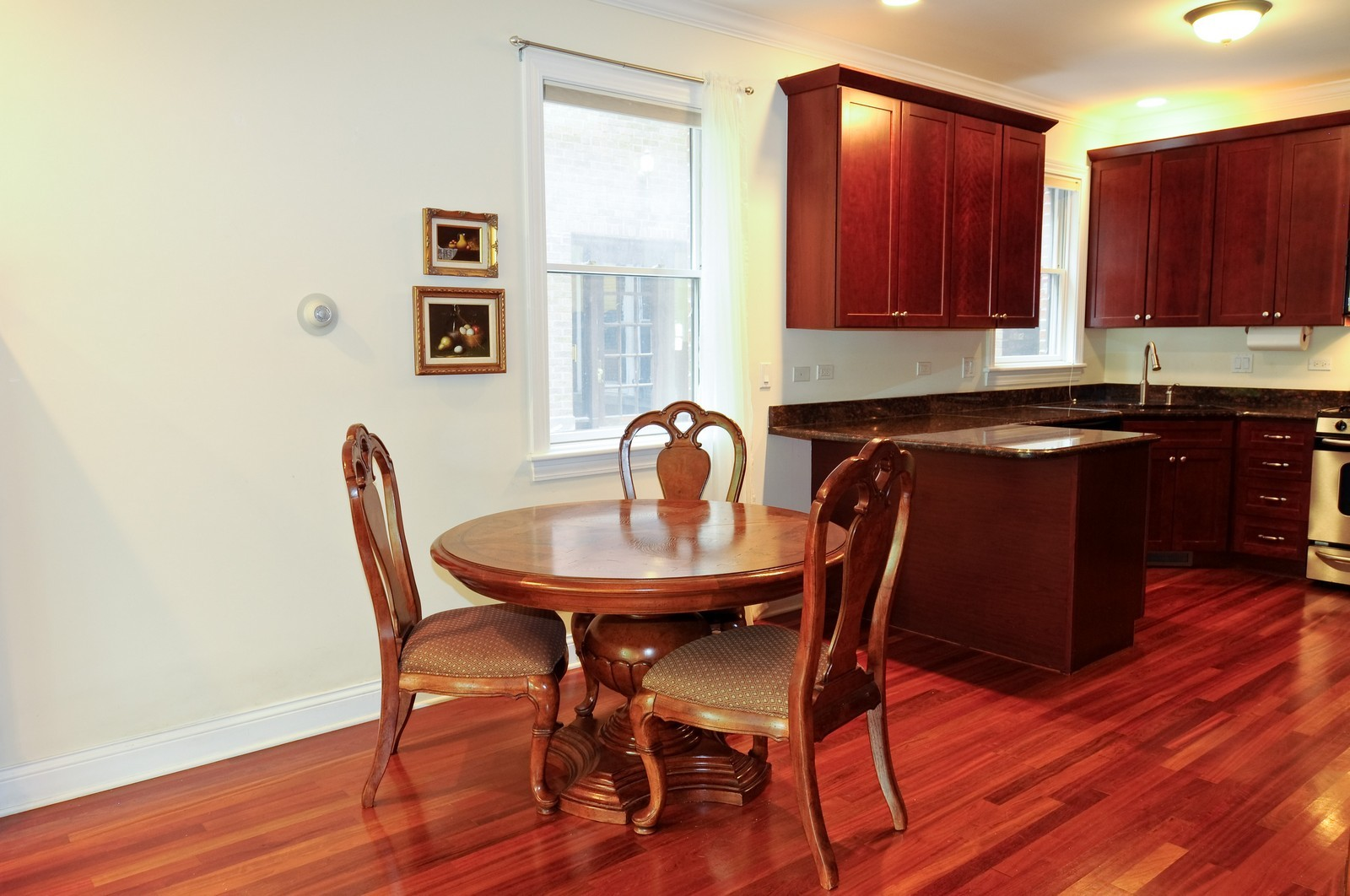 Real Estate Photography - 1514 W Victoria, Unit 1, Chicago, IL, 60660 - Dining Room