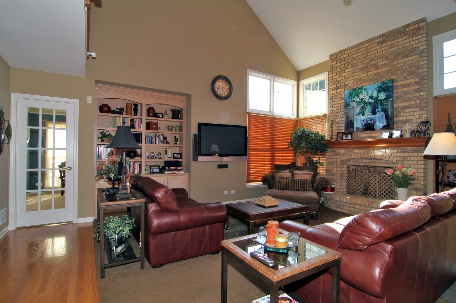 Real Estate Photography - 3801 King Richard Ct, St Charles, IL, 60174 - Family Room