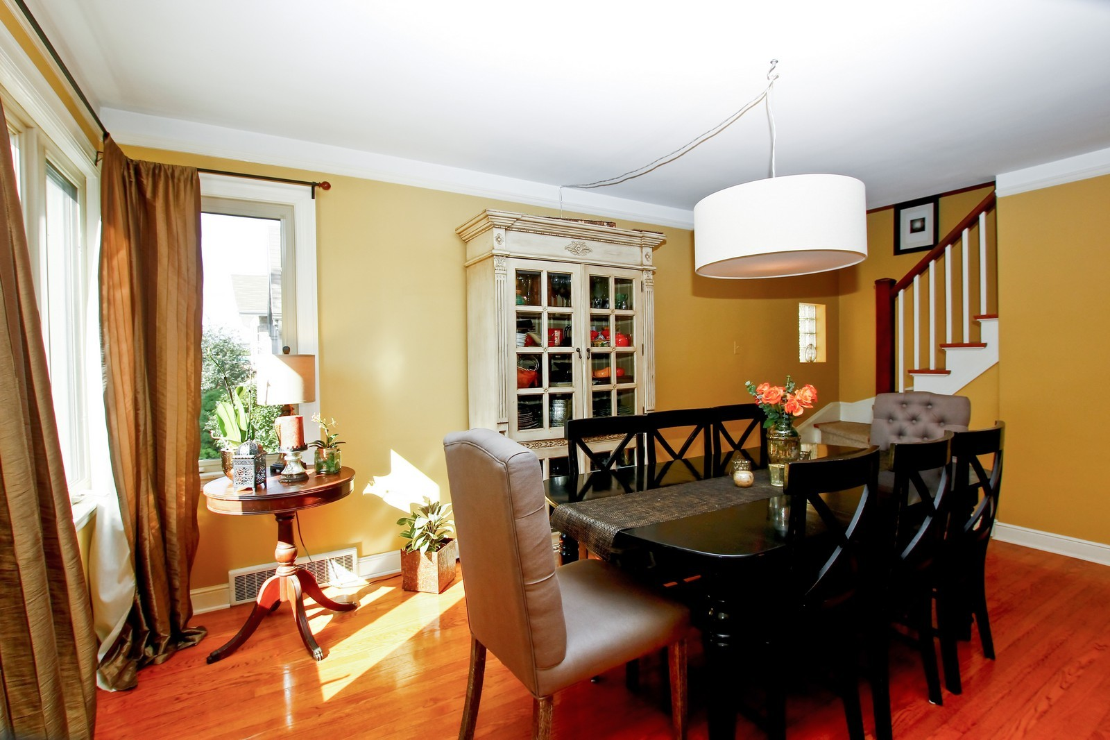 Real Estate Photography - 5535 S Oak Park Ave, Chicago, IL, 60638 - Dining Room
