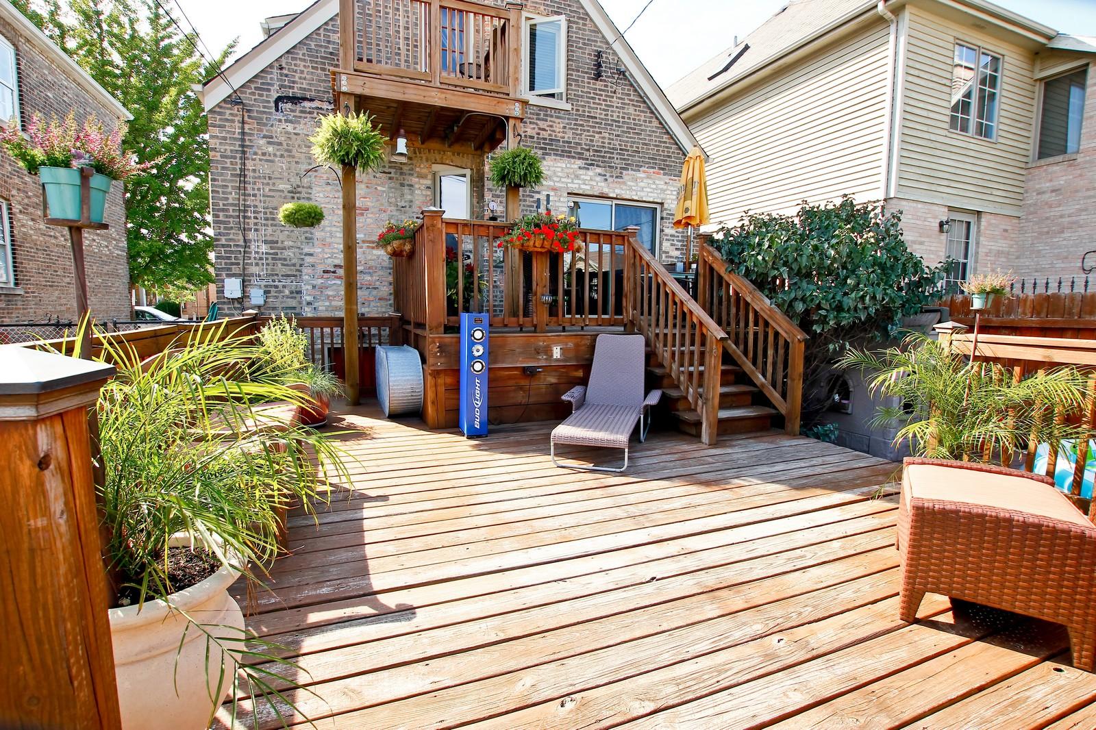 Real Estate Photography - 5535 S Oak Park Ave, Chicago, IL, 60638 - Deck
