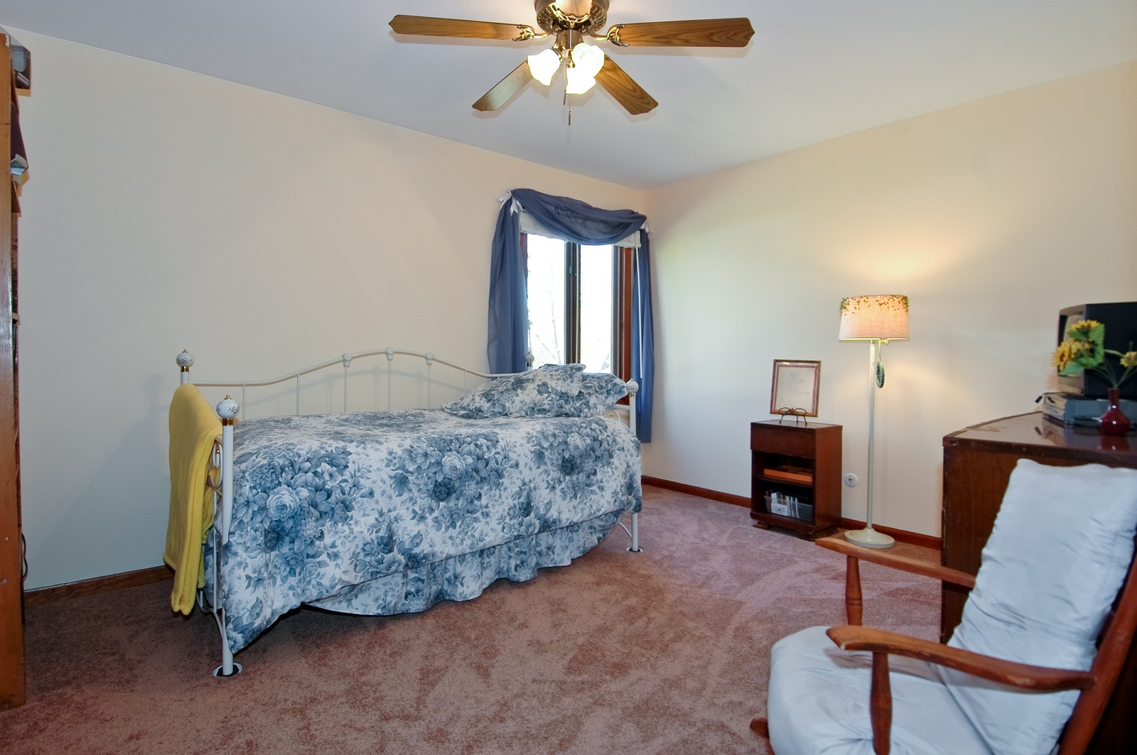 Real Estate Photography - 6 Crofton, Cary, IL, 60013 - 2nd Bedroom