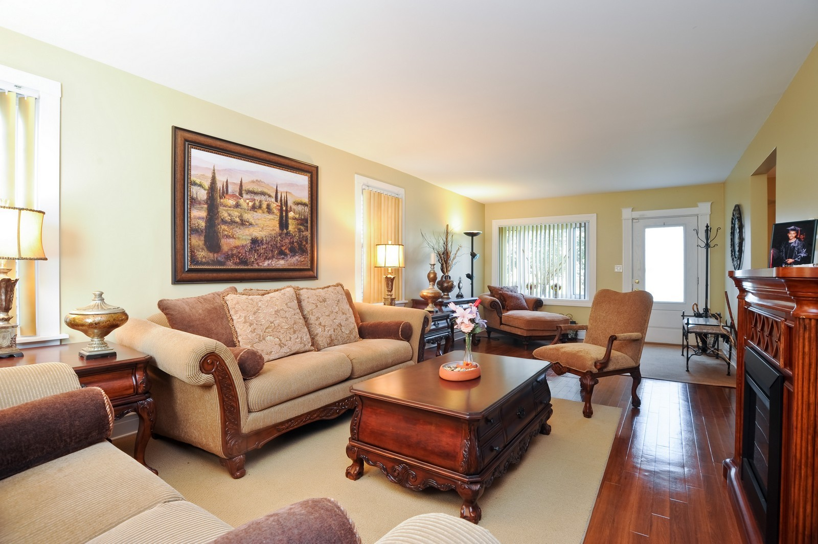 Real Estate Photography - 1837 Ashland Ave, Evanston, IL, 60201 - Living Room
