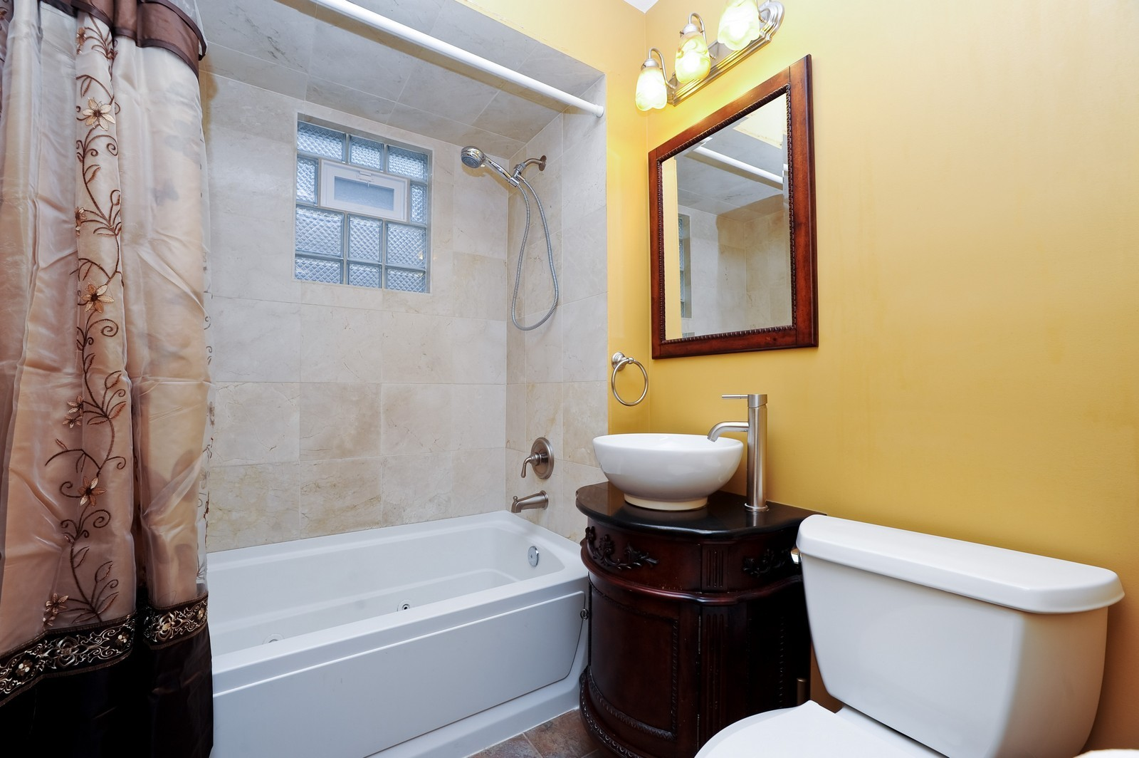 Real Estate Photography - 1837 Ashland Ave, Evanston, IL, 60201 - Bathroom
