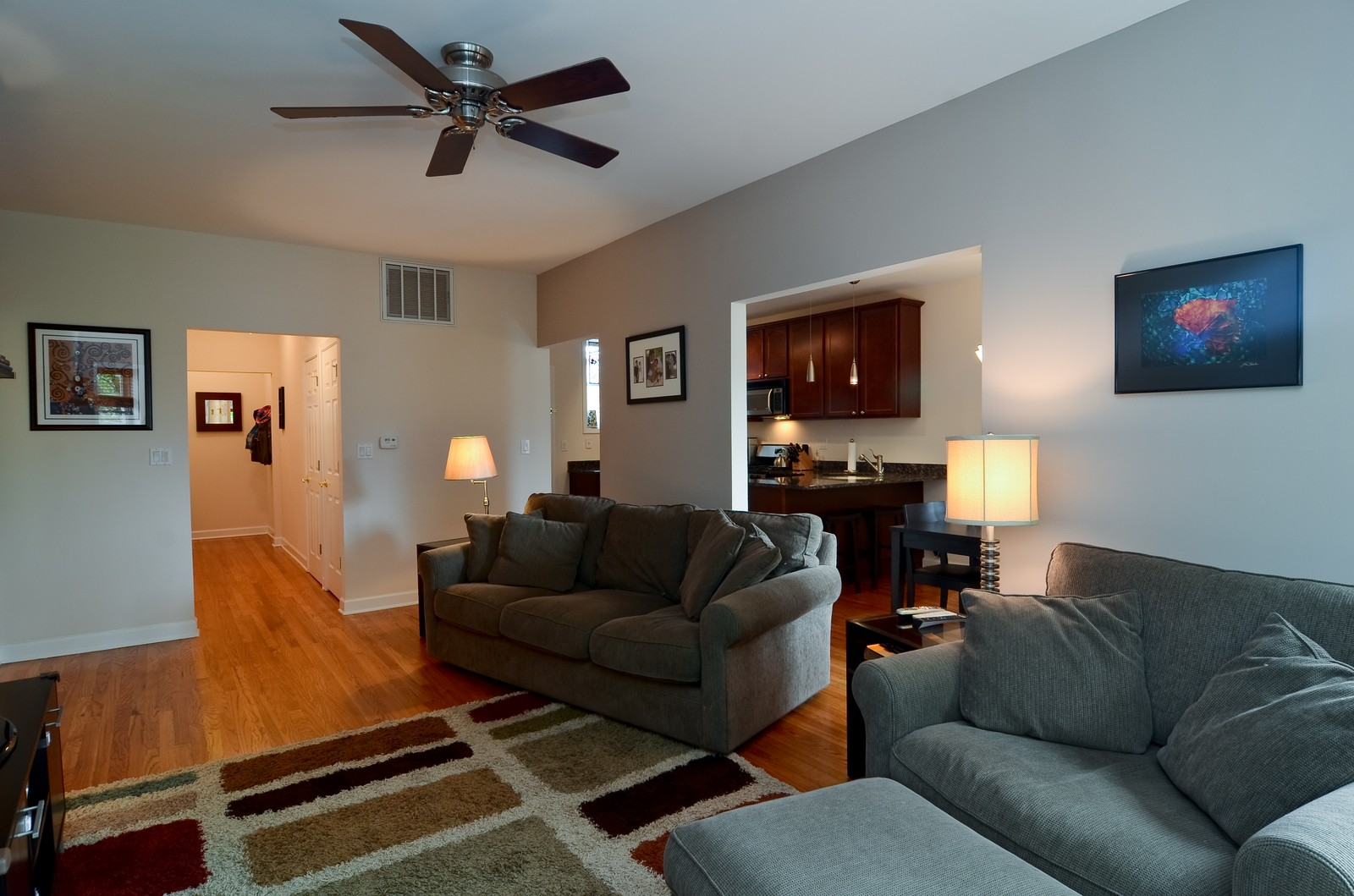 Real Estate Photography - 4845 N. Wolcott Ave, #3W, Chicago, IL, 60645 - Living Room