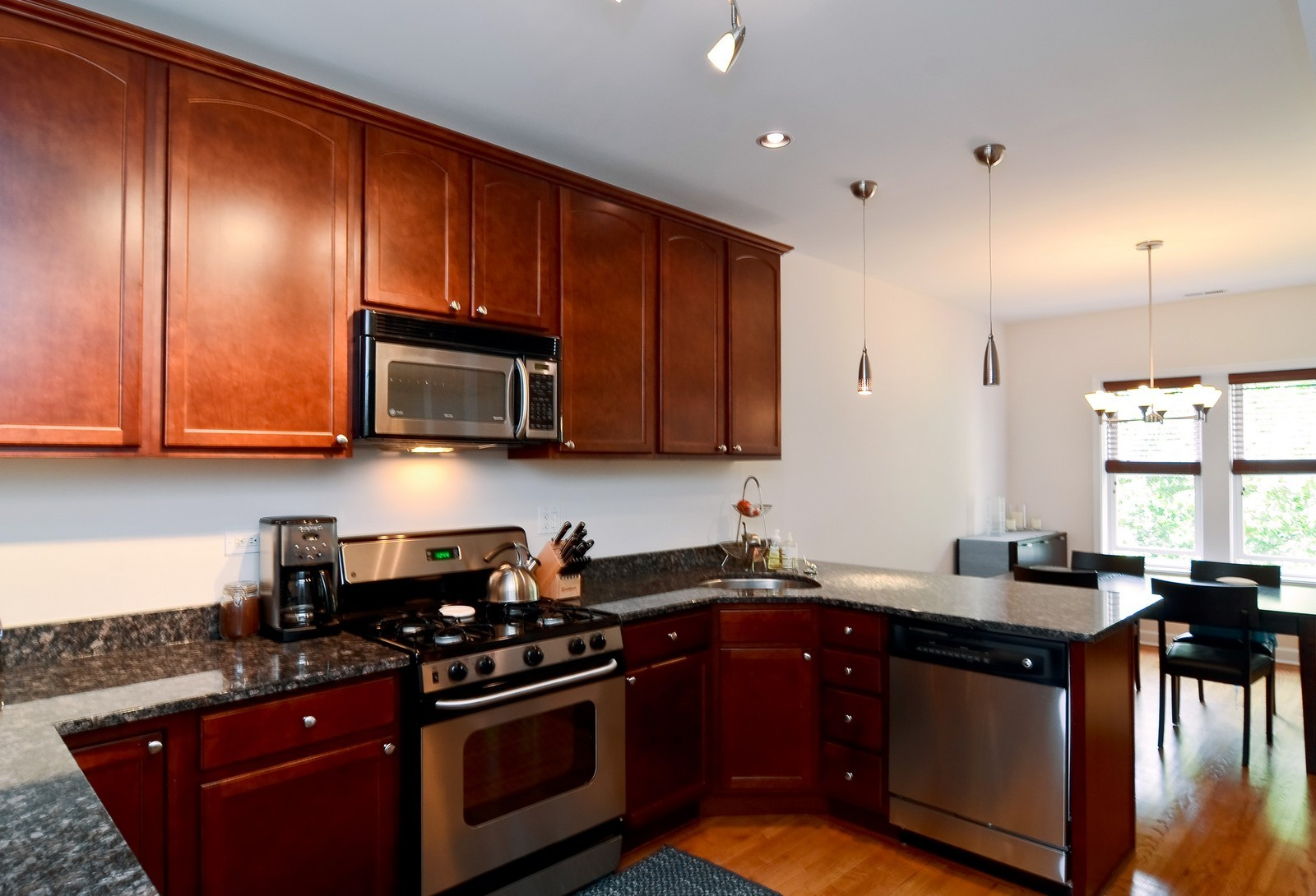 Real Estate Photography - 4845 N. Wolcott Ave, #3W, Chicago, IL, 60645 - Kitchen